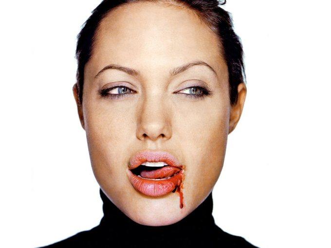 Angelina-Jolie-Tasty-Blood-1-1280x960